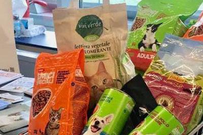 500 chili di Pet Food donati a Randagi Per Caso Onlus
